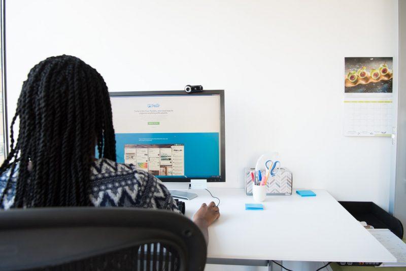 transition au changement de l'IT pour les nouveaux bureaux hybrides